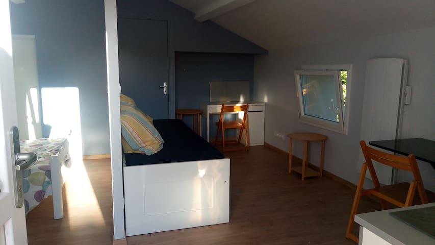 Grand Studio à 30 min de Poitiers ou Niort