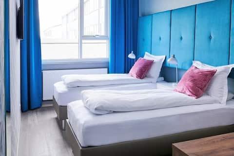 Economy Twin Room - ODDSSON Hotel