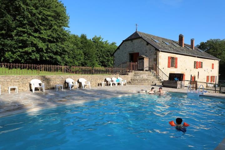 Vieux Moulin rénové avec piscine