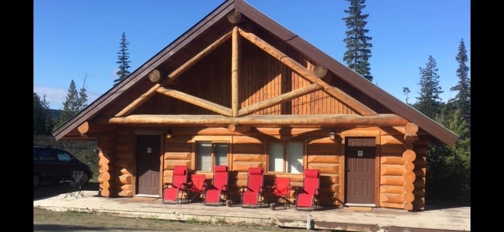 Lac Le Jeune Wilderness Resort Cabin #24