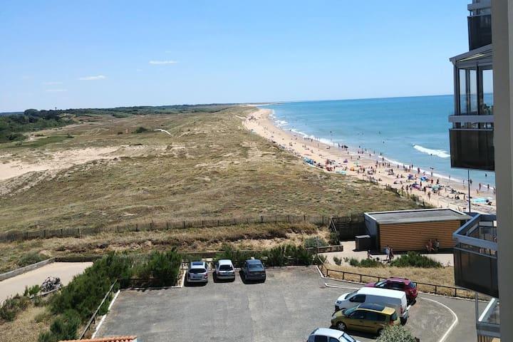 Appartement saint gilles vue latérale mer et dunes