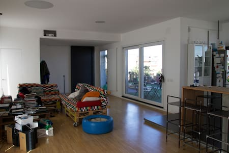 Superattico gayfriendly in via Etnea - Catània - Loft