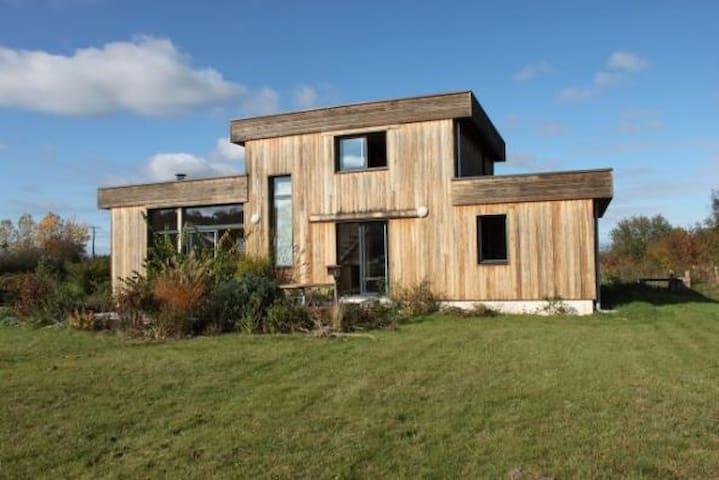 Maison bois en vallée de la Loire  - Cléré-les-Pins - Huis