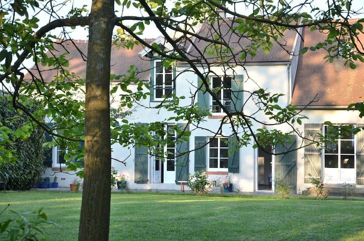 Belle propriété a 37kms de Paris  - Asnières-sur-Oise