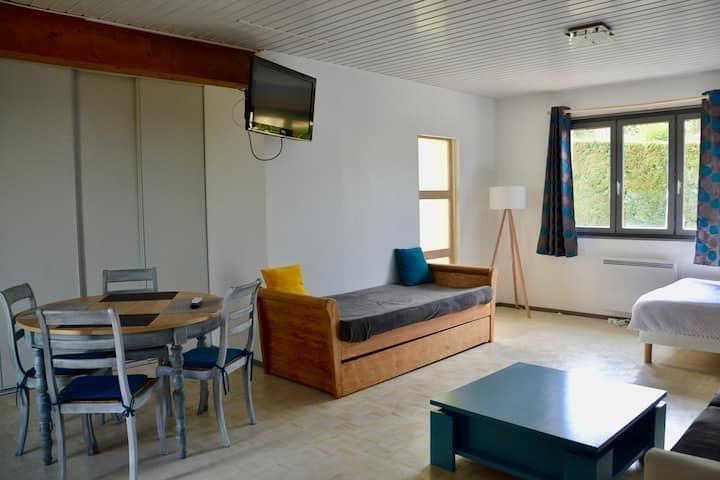 Studio indépendant de 40m2 près de Lyon
