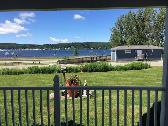 Brenda's Bay View