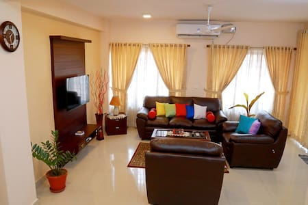 Teresa Plaza Serviced Appartment 2 - Kottayam - Huoneisto