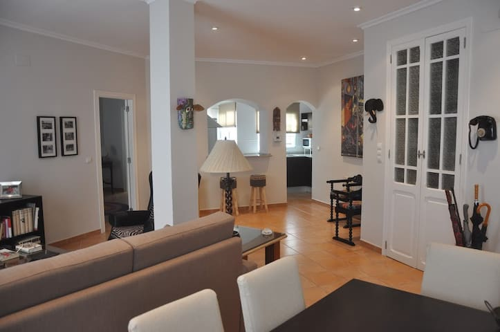 Perfect apartment in the city center for couples.
