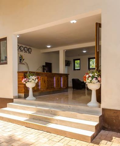 Chenra Hotel - Deluxe Double Room - Kataragama