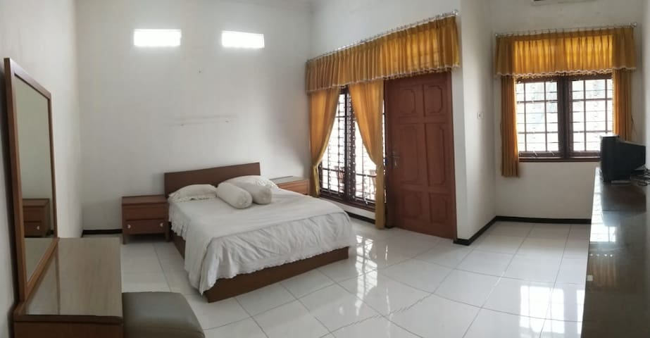 Kartini #2 Executive-Room