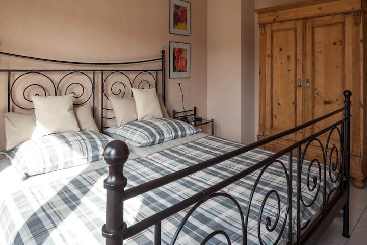 Schlafzimmer - Masterbedroom
