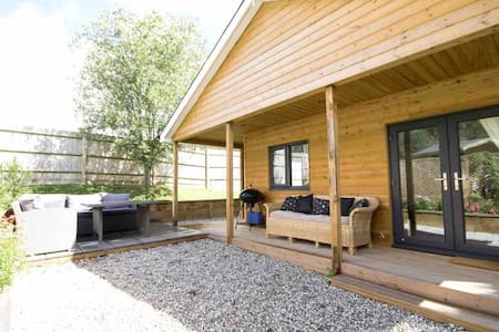 Lovely Lodge in Country Village location