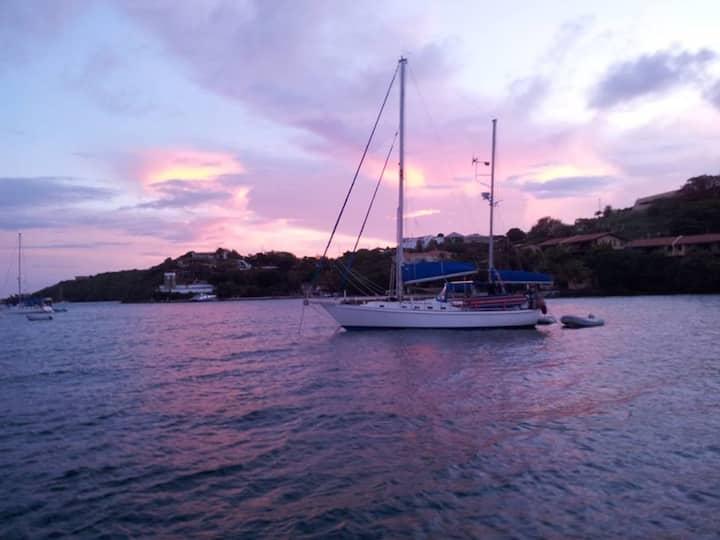 Sailing Vessel Lunacy, 42 ft ,BVI