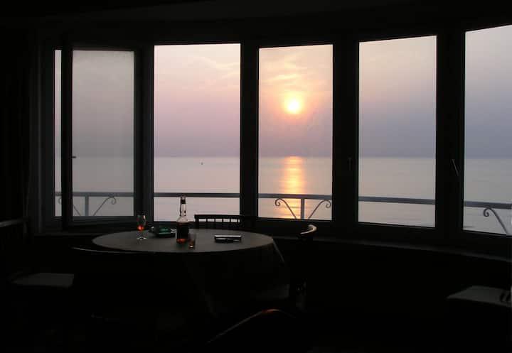 Studio : Blick auf das Meer, in der Nähe von stadt