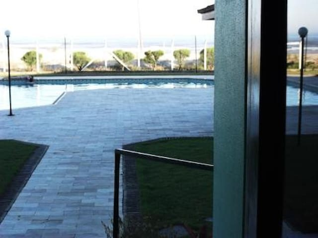 Saída para a piscina