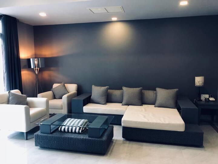 *newly renovated hua hin villa sheraton