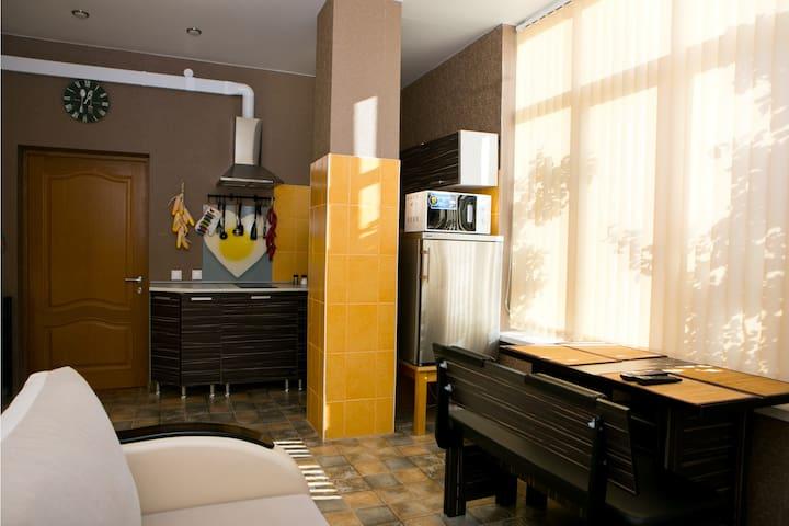 Апартаменты Лаванда, Дом на Холме, Красная Поляна - Krasnaya Polyana