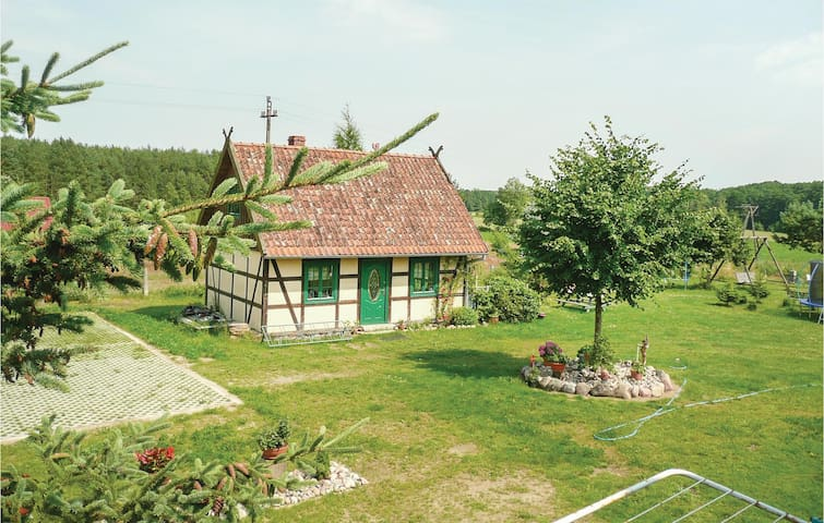 Holiday cottage with 2 bedrooms on 60m² in Waglikowice