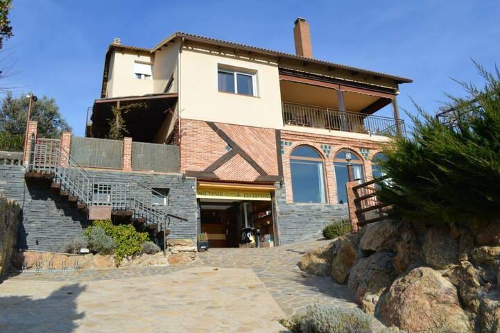 Cuarcita House - 250m2