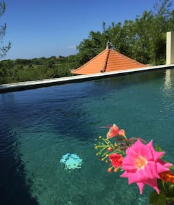 CozyRoom, 2 persons, AC, WIFI, Private Pool,  R#3