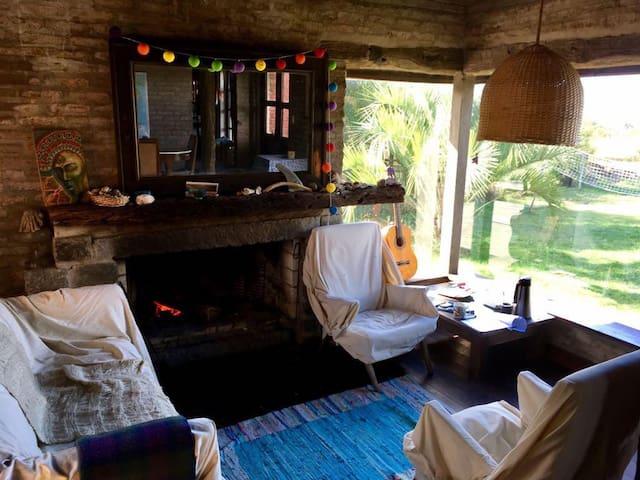 2- Bedroom ocean view suite bath, breakfast