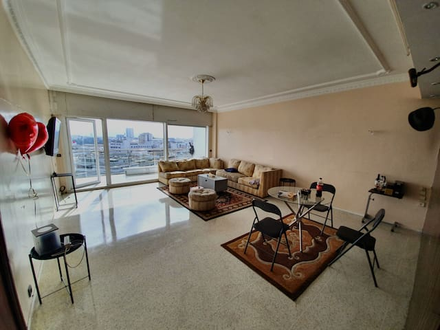 BIG Apartment! Stunning Views! Self check-in!