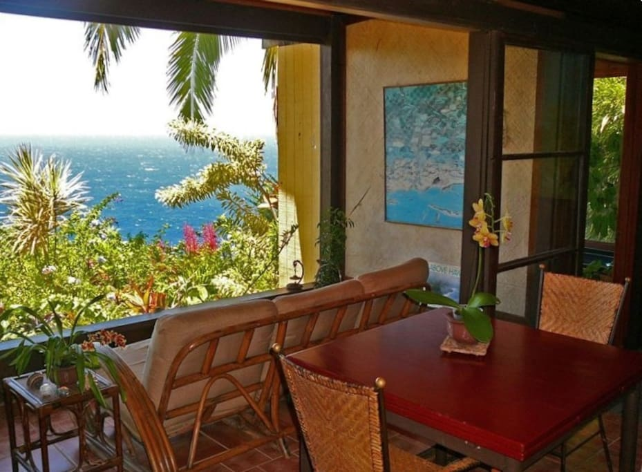 Enjoy the panoramic views from the lanai in this hideaway above Waipio Valley