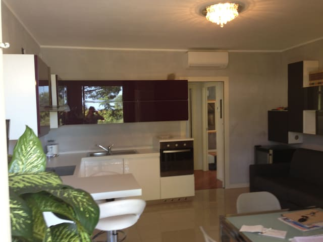 New apartment are 4 units Desenzano - Desenzano del Garda - บ้าน