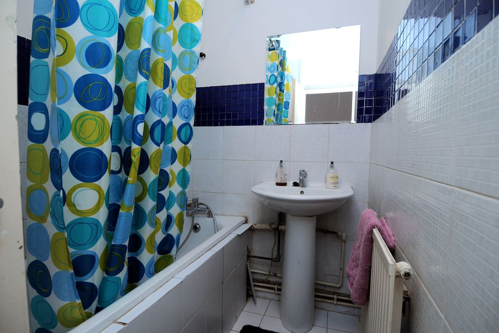 2Double Rooms With Wi-Fi in Zone 2