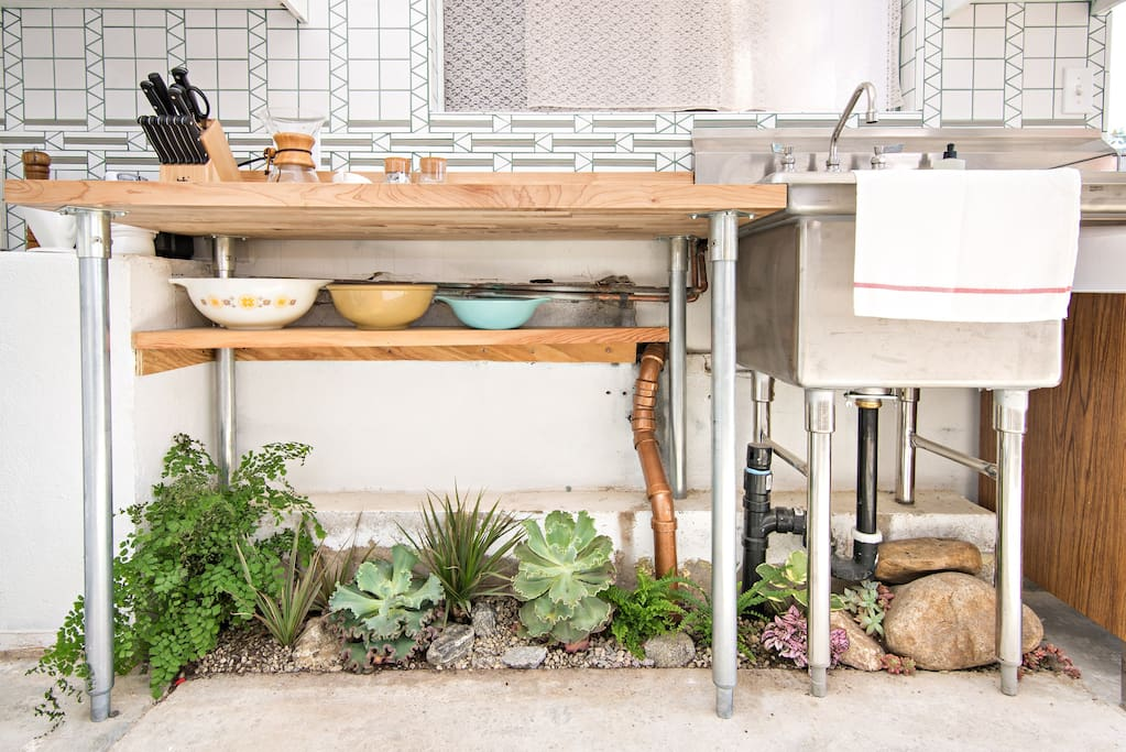 Highland park dream apartment flats for rent in los for Indoor gardening apartment