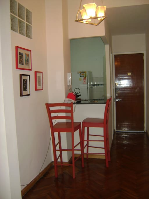 entrance door with fully equipped kitchen and open counter