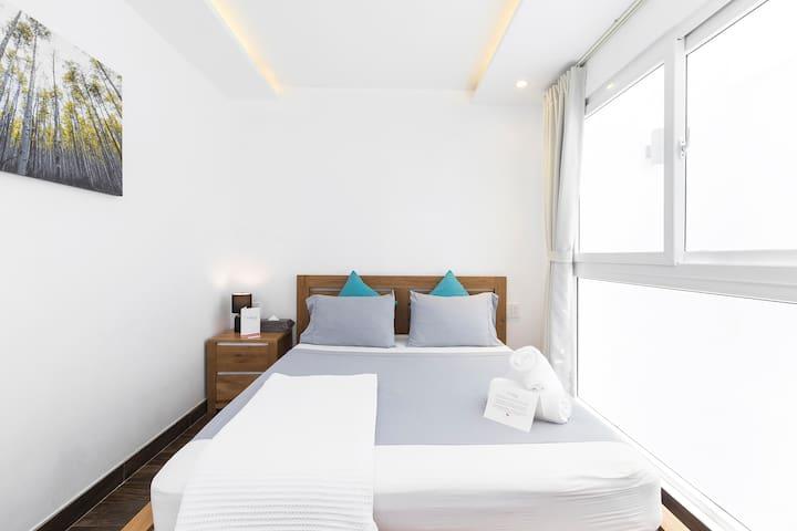 Sparkle Clean Room Near Airport – 5 Min Away ✈️ 21