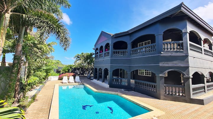 ★NEW Sunset Heights, huge Private Villa & Pool