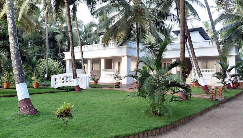 B&B at Traditional Kerala Villa in Kannur