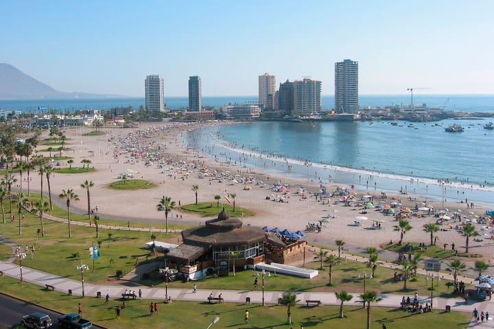 ARRIENDO POR DIAS !! a minutos de la playa!!!