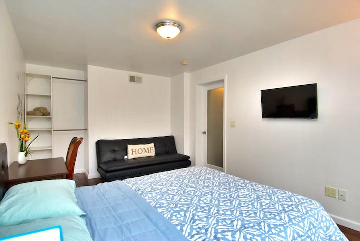 Private BR/ plenty of street parking/ more