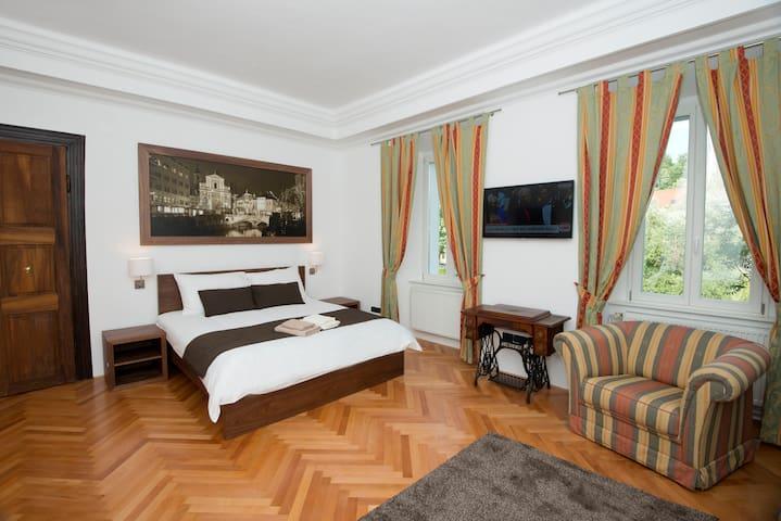 Deluxe One-Bedroom Apartment - Liubliana - Apartamento