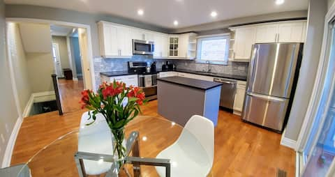 **PERFECT** 2 Bedroom Newly Renovated Whole Home