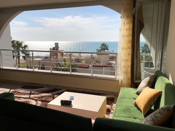 Charming sea view apartment in Mezitli / Mersin