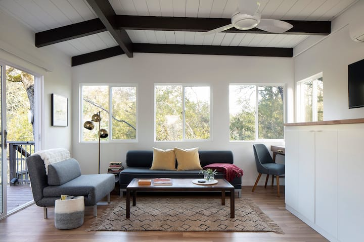 Extended Stay: Modern + Private Glen Ellen Oasis