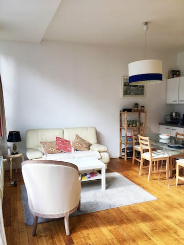 Bright and cosy studio in Brussels