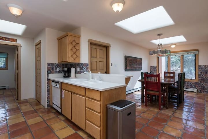 Kitchen with Tile Flooring, tile wall, Santa Fe Style