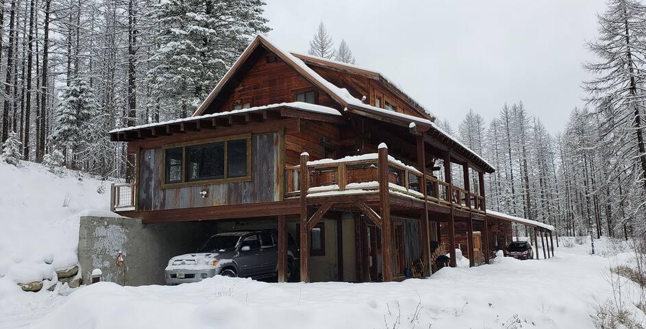 Cozy Mountain Cabin in Whitefish Montana