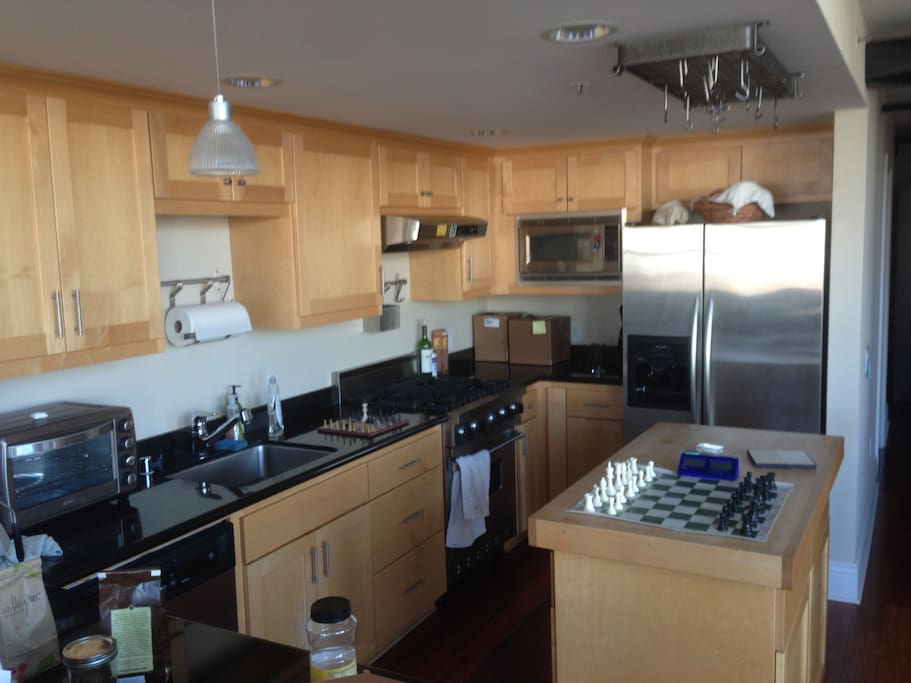 Murphy bed in startup office apartments for rent in san for Murphy beds san francisco