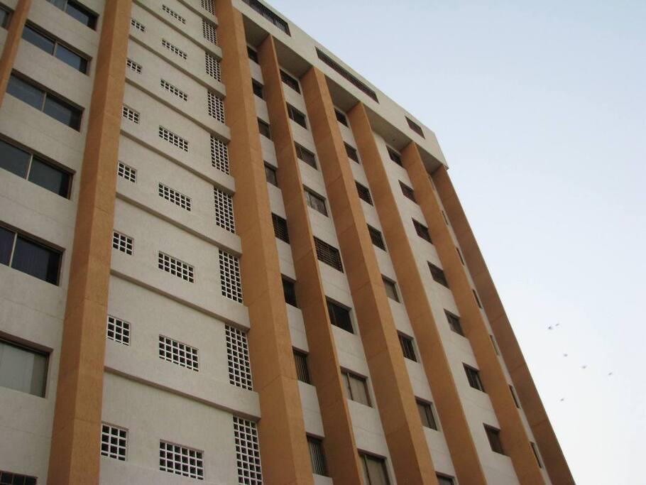 Fachada del Edificio- Main view of the building