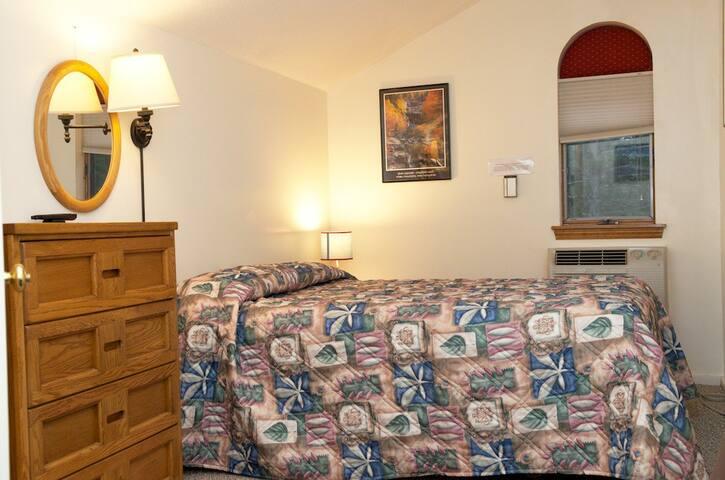 Queen Bed on 2nd floor