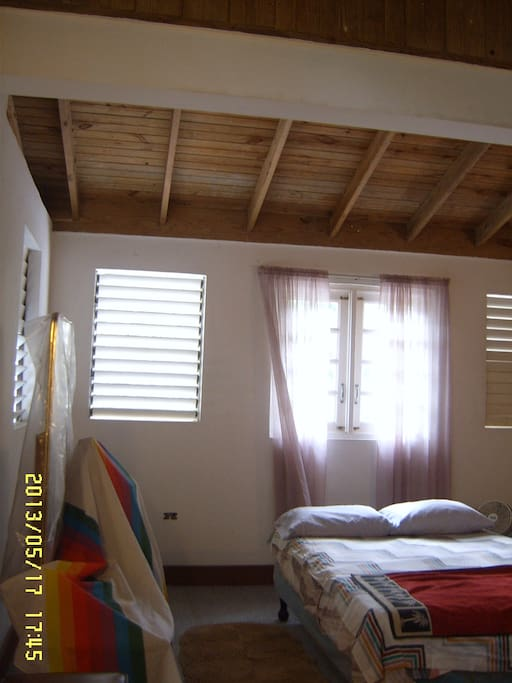 Typical room, lots of air and light. Jalousies can be closed for privacy