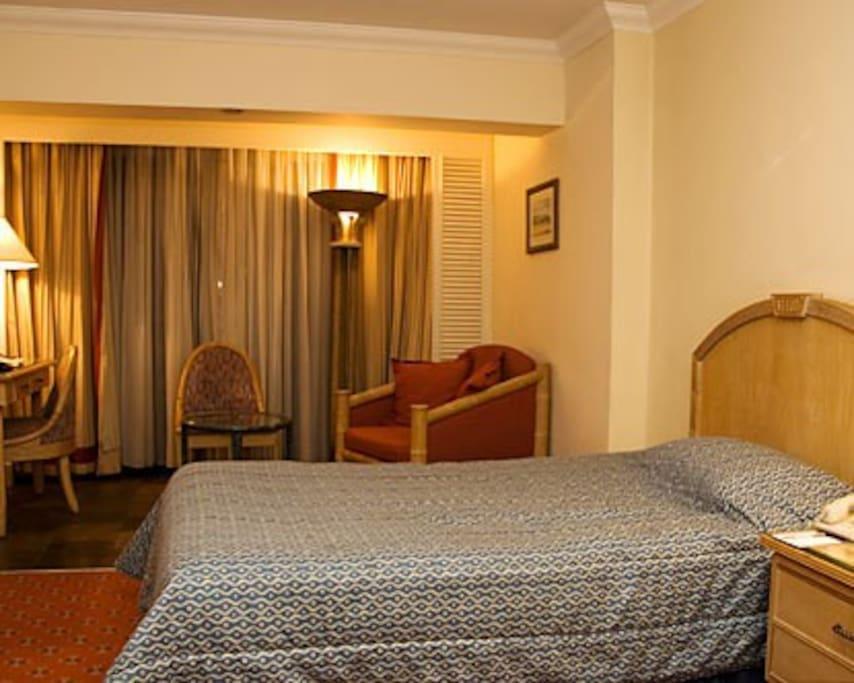 hotel room in the cbd chambres d 39 h tes louer kisumu kisumu kenya. Black Bedroom Furniture Sets. Home Design Ideas