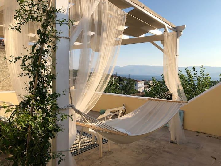 Newly restored airy Greek island flat, patio, view