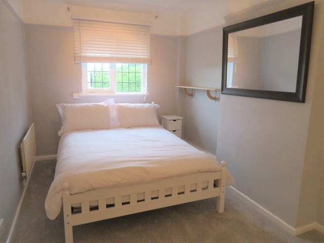Apartment One in West Huntspill